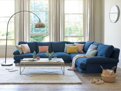 Unusual Corner Sofa Ideas That You Can Apply In The Living Room 25