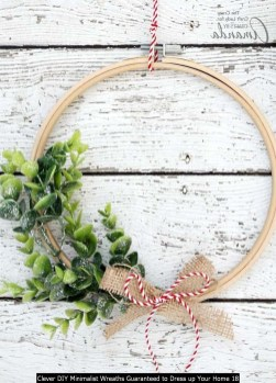 Clever DIY Minimalist Wreaths Guaranteed To Dress Up Your Home 18