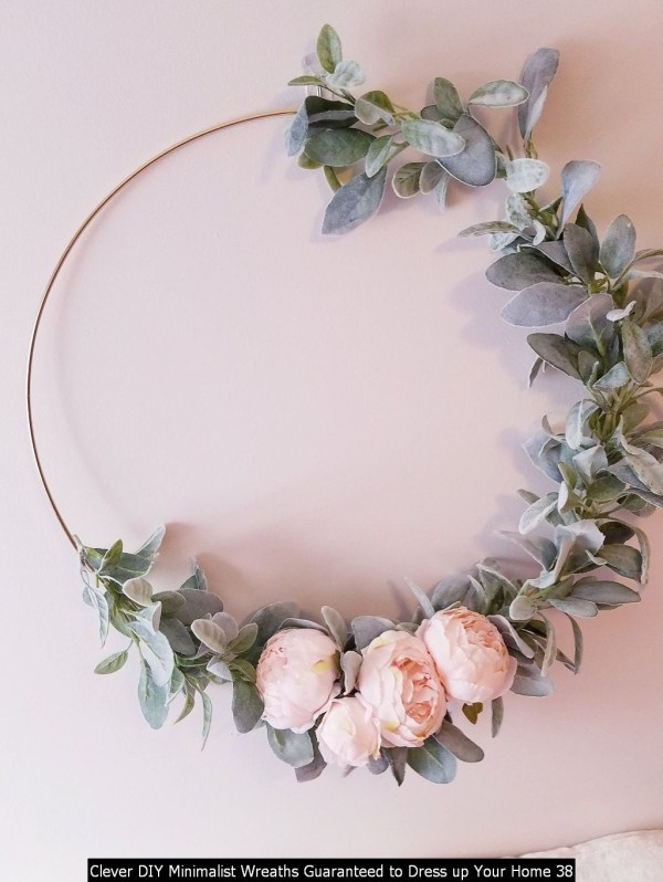 Clever DIY Minimalist Wreaths Guaranteed To Dress Up Your Home 38