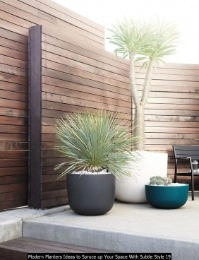 Modern Planters Ideas To Spruce Up Your Space With Subtle Style 19