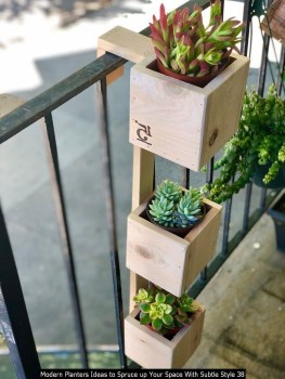 Modern Planters Ideas To Spruce Up Your Space With Subtle Style 38
