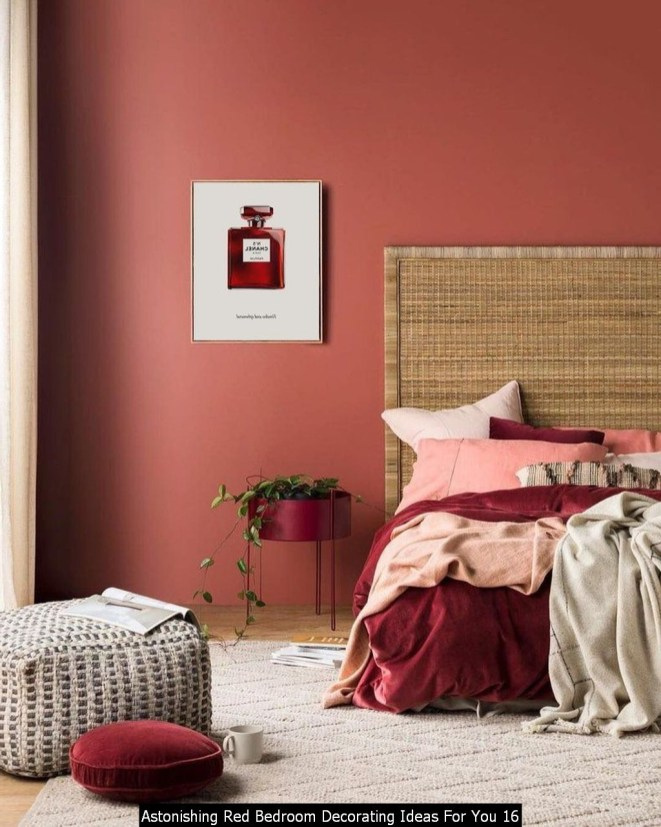 Astonishing Red Bedroom Decorating Ideas For You 16