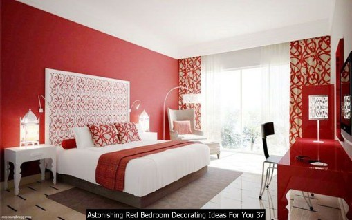 Astonishing Red Bedroom Decorating Ideas For You 37