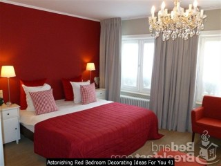 Astonishing Red Bedroom Decorating Ideas For You 41