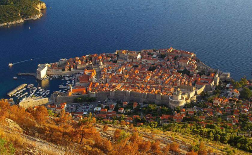 Credits. Dubrovnik photo by ILanem/123rf