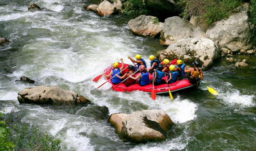 credits. Una Rafting by Photography33/ can stock photo