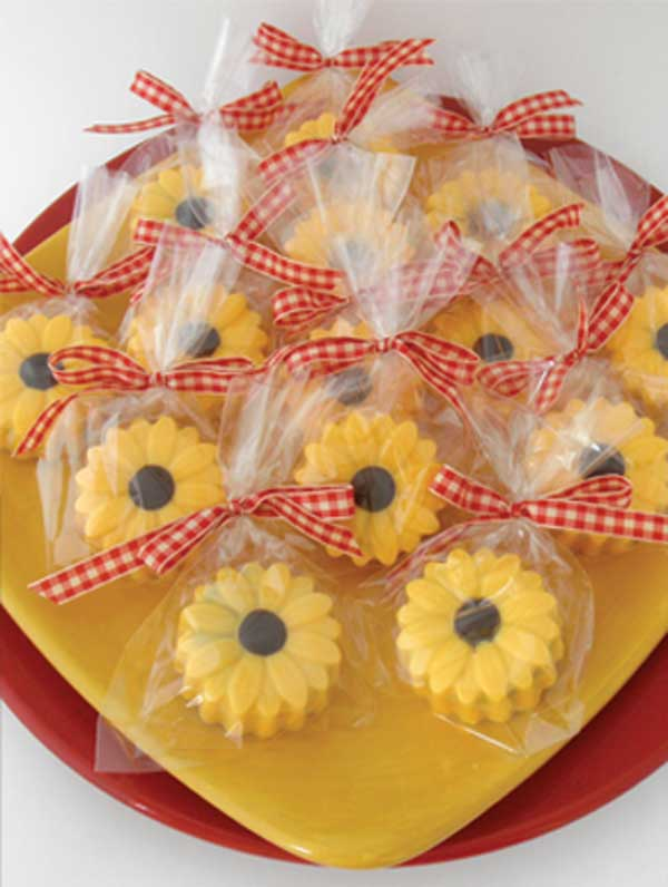 50th Birthday Sunflower Party Feature