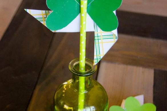 FREE Shamrock Printable Pinwheels & Tutorial by Love The Day