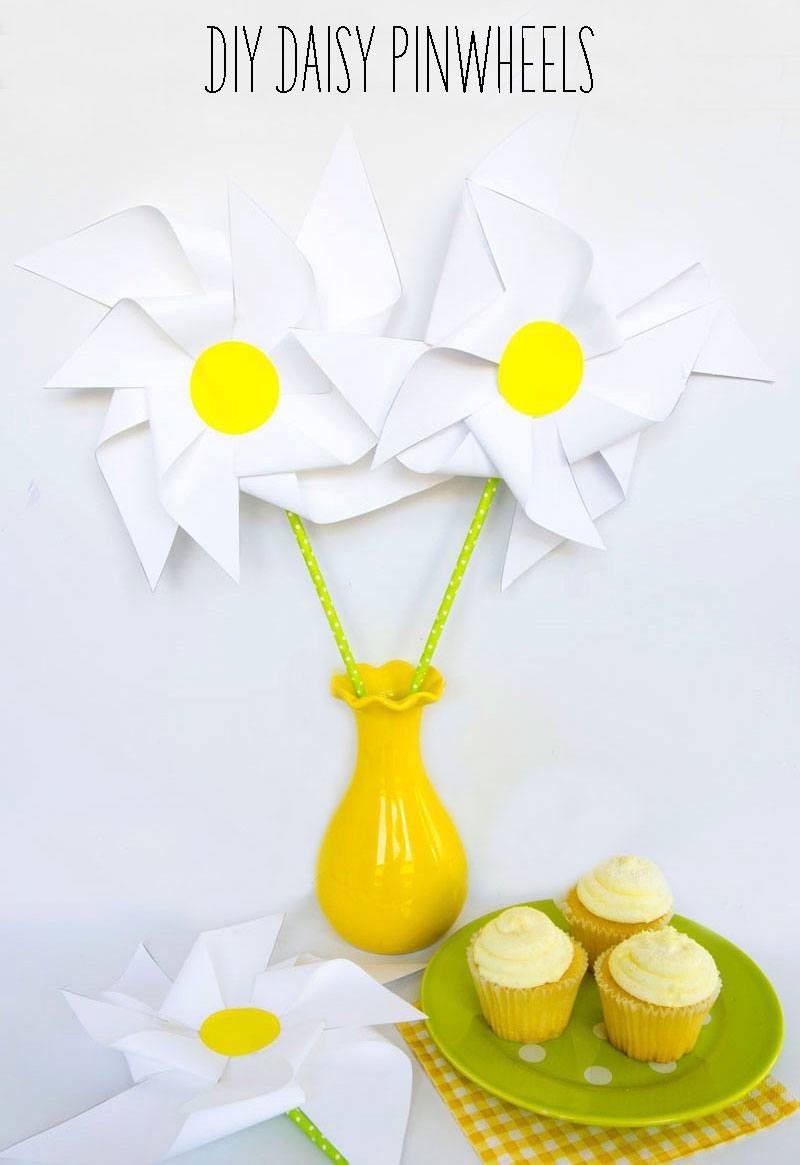 Daisy DIY Pinwheels by Lindi Haws of Love The Day