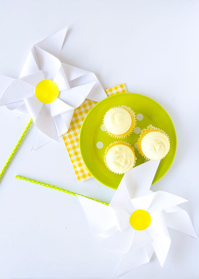 Daisy DIY Pinwheels by Lindi Haws of Love The Day