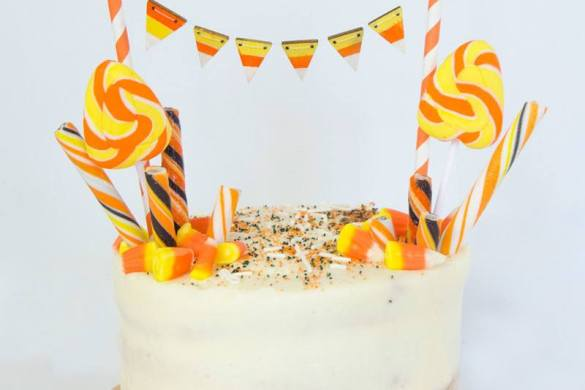 How To Decorate A Store Bought Cake by Lindi Haws of Love The Day