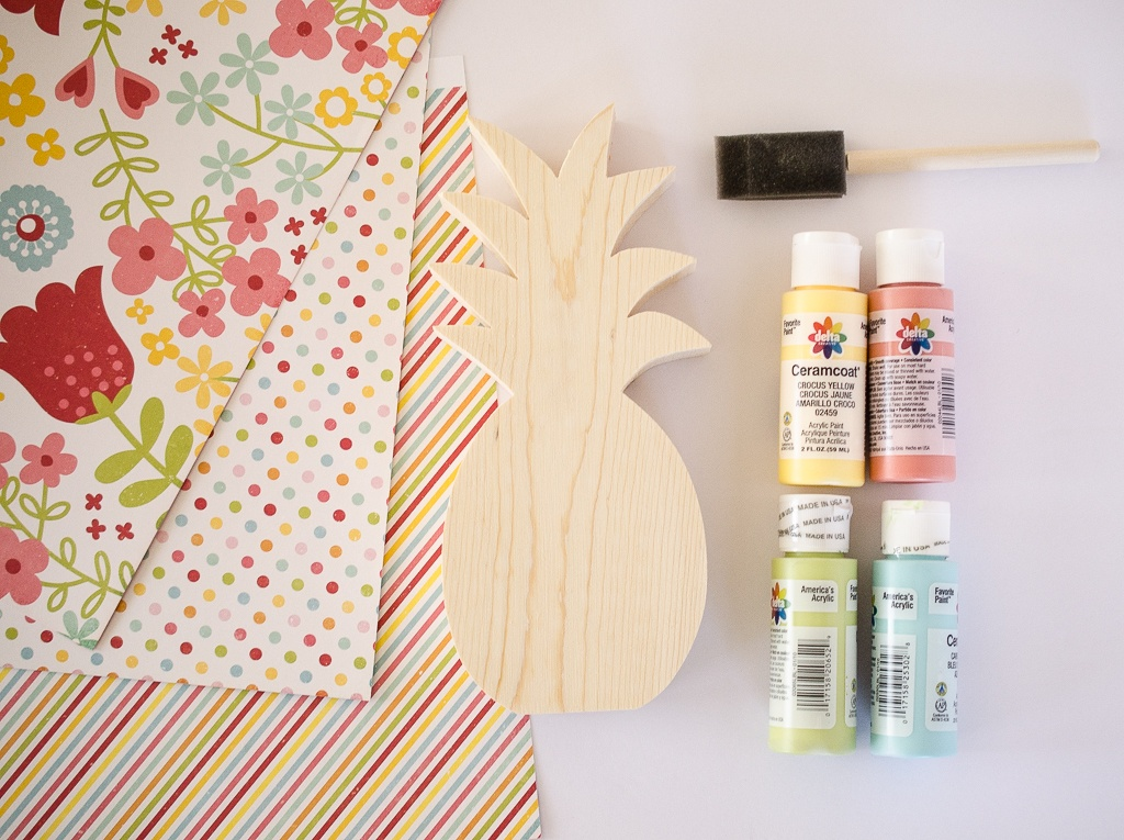 DIY Luau Pool Party Invites by Fawn Prints on Love the Day