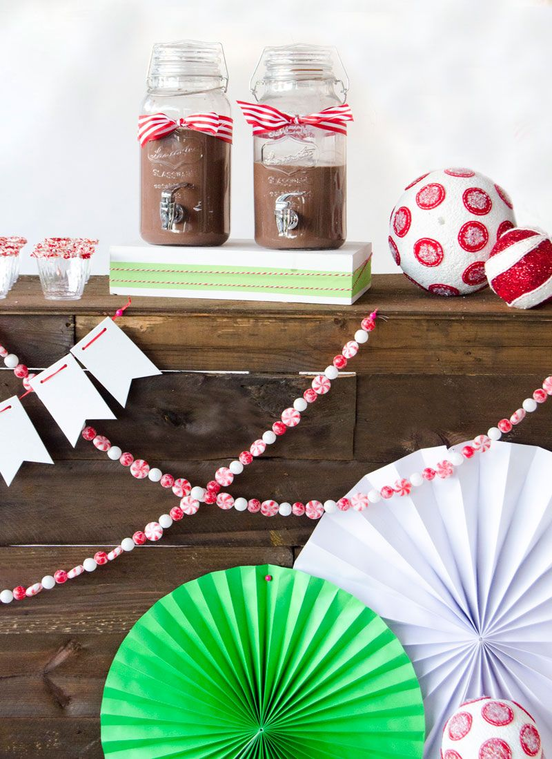 Hot Cocoa Stand Ideas by Lindi Haws of Love The Day