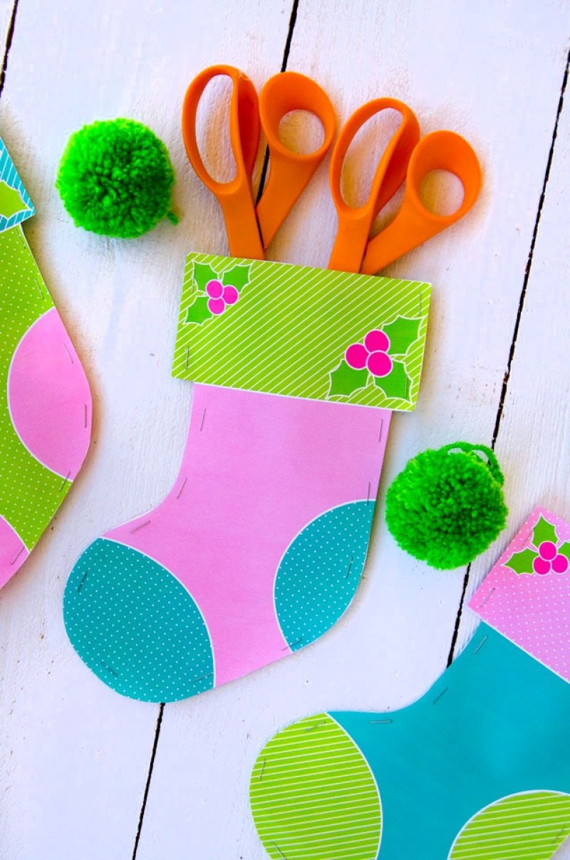 FREE Printable Stockings by Lindi Haws of Love The Day