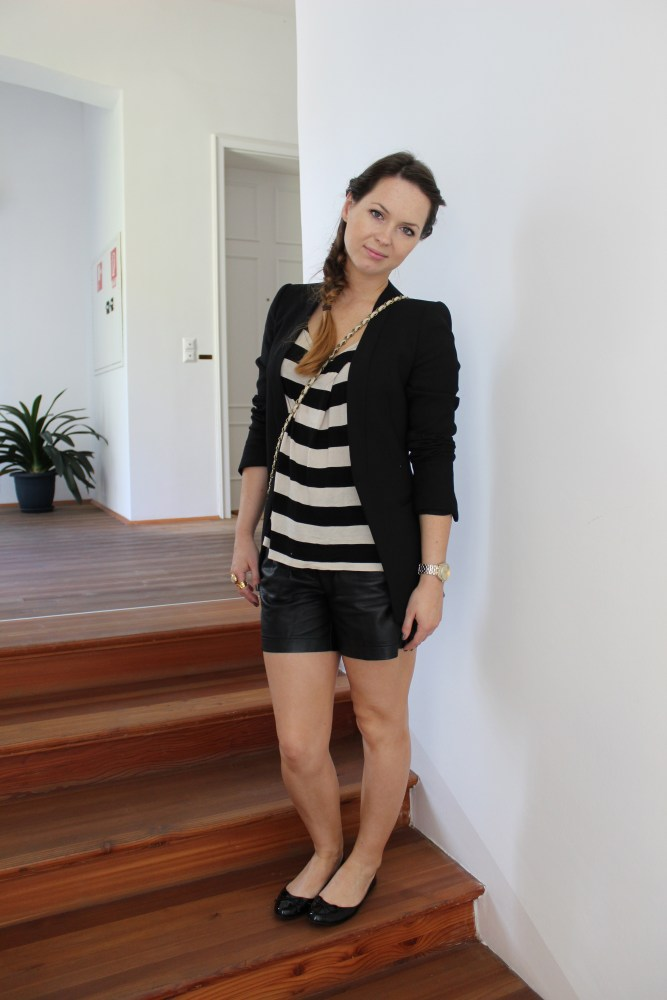Day-To-Night Outfit [ Leder-Short ] (1/6)