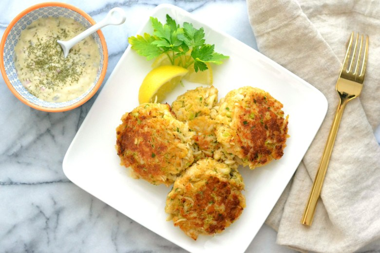 love_and_food_froeva_maryland_style_crabcakes