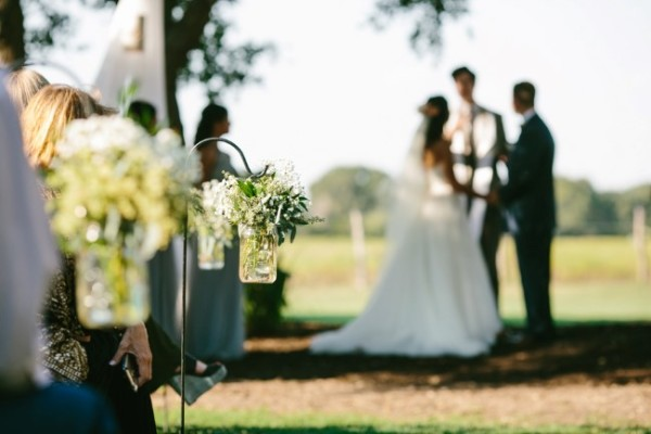 42 Fabulous Items To Finish Your Outdoor Wedding Shopping List