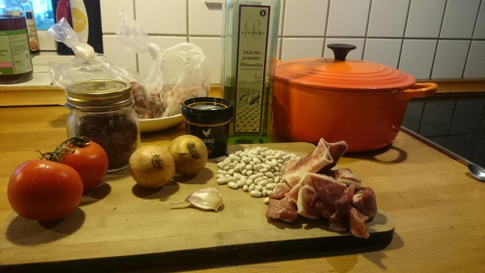 Ingredienser til bønnesuppe
