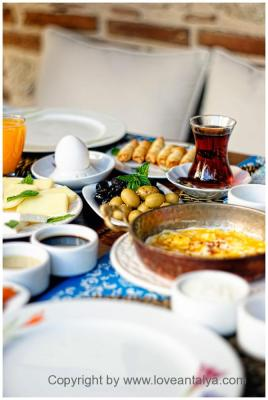 Turkisk breakfast