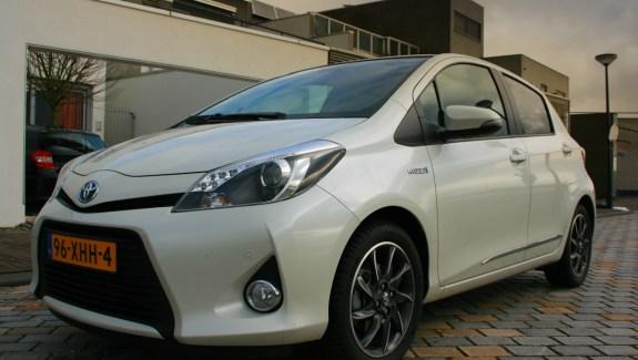 Toyota Yaris Hybrid Voorkant