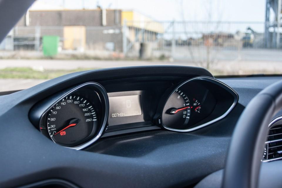 Peugeot 308 i-Cockpit Tellers