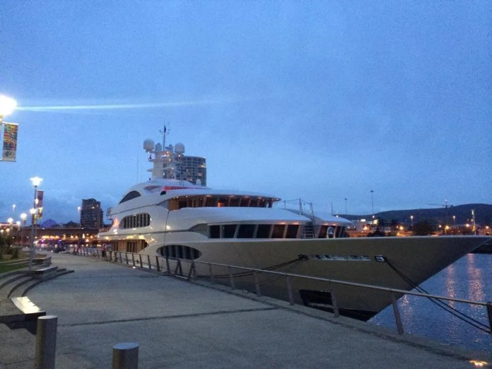 Vive La Vie Yacht