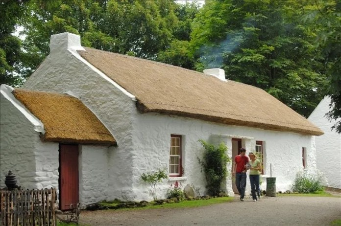 Ulster American Folk Park - Thatched Cottage