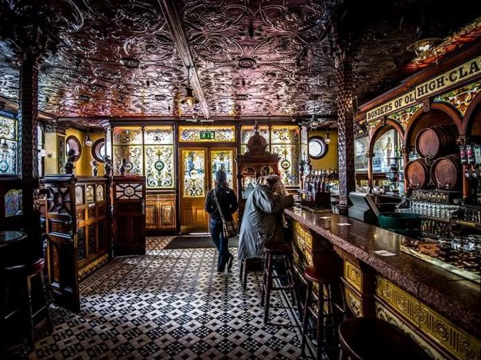 The Crown Bar Love Belfast