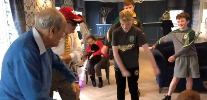 Milesian Manor residents 'get down with the kids' on National Grandparents Day