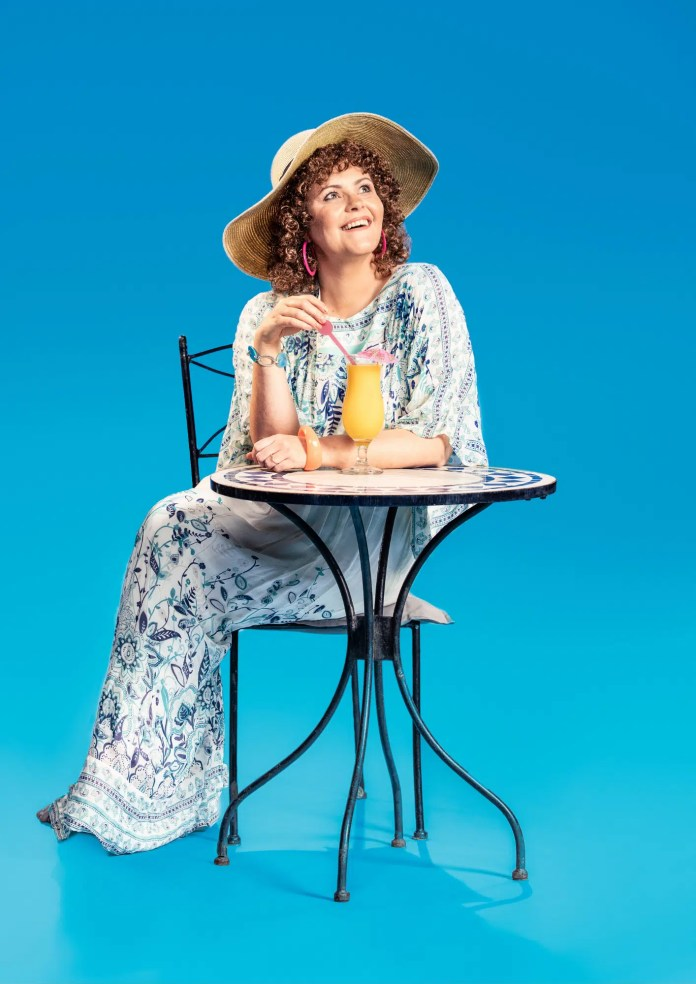 'GONE TO GREECE BACK IN TWO WEEKS'  -  SHIRLEY VALENTINE  RETURNS BY POPULAR DEMAND TO LYRIC