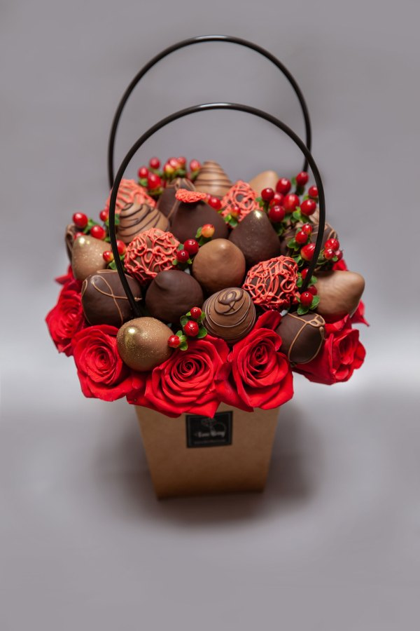 edible gift basket for special days