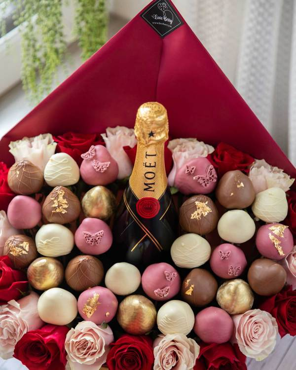 Moet champagne with chocolate-covered strawberries