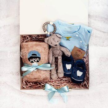 Newborn Baby Giftbox - Jumper Towel Pink Set