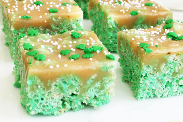 17 St. Patrick's Day Treats {easy, fun, and colorful} - Carmel Rice Krispy Treats
