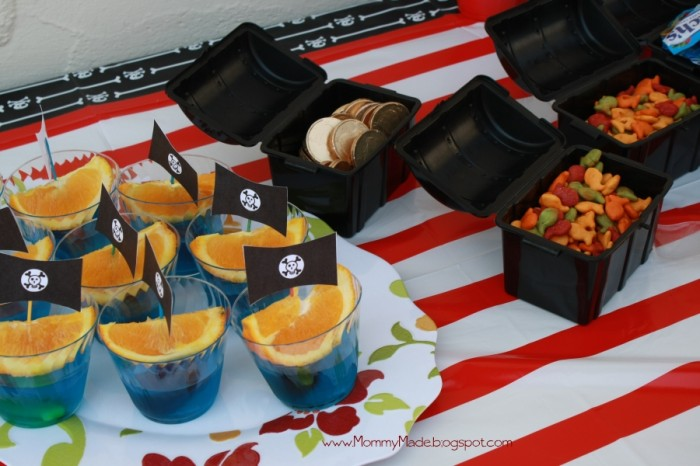 """Pirate Ship"" Jello snacks"