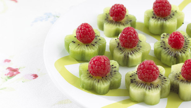 Kiwi and raspberry flowers