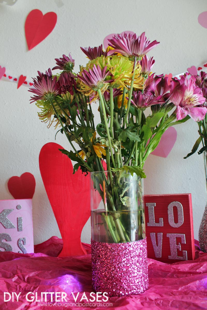 DIY Glitter Vases {tutorial and pictures}
