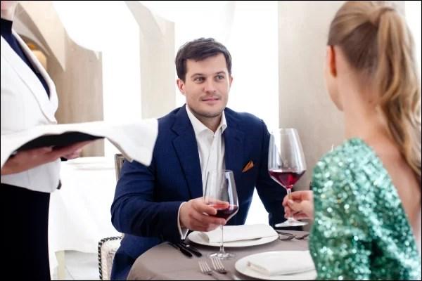 付き合う前デートの場所の選び方 初デートは食事だけ