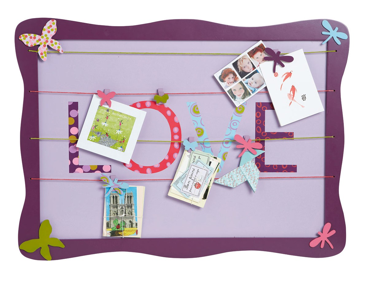 noticeboard for a girls bedroom