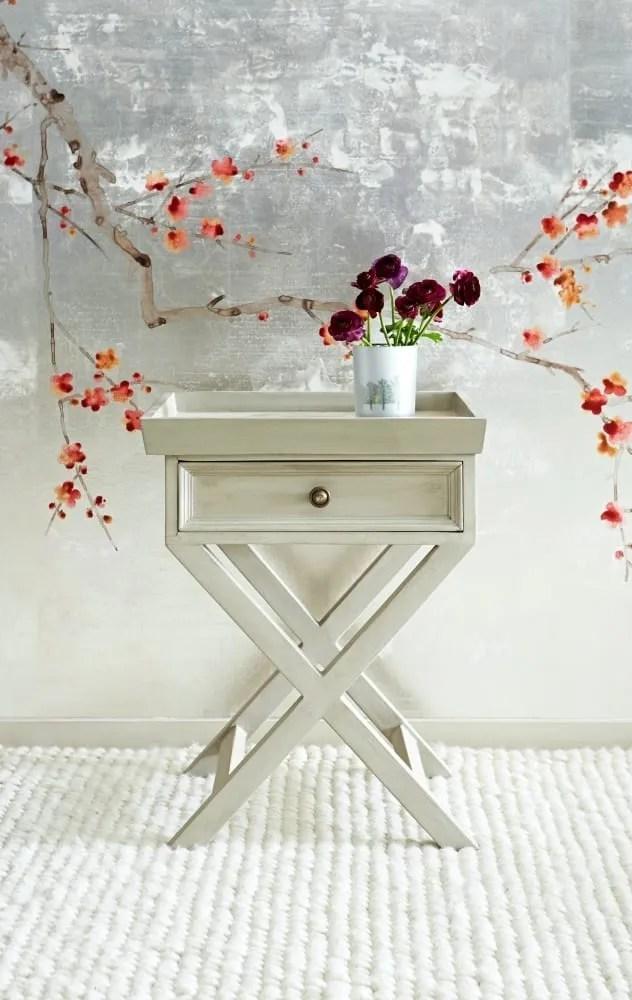 Gisele tray table