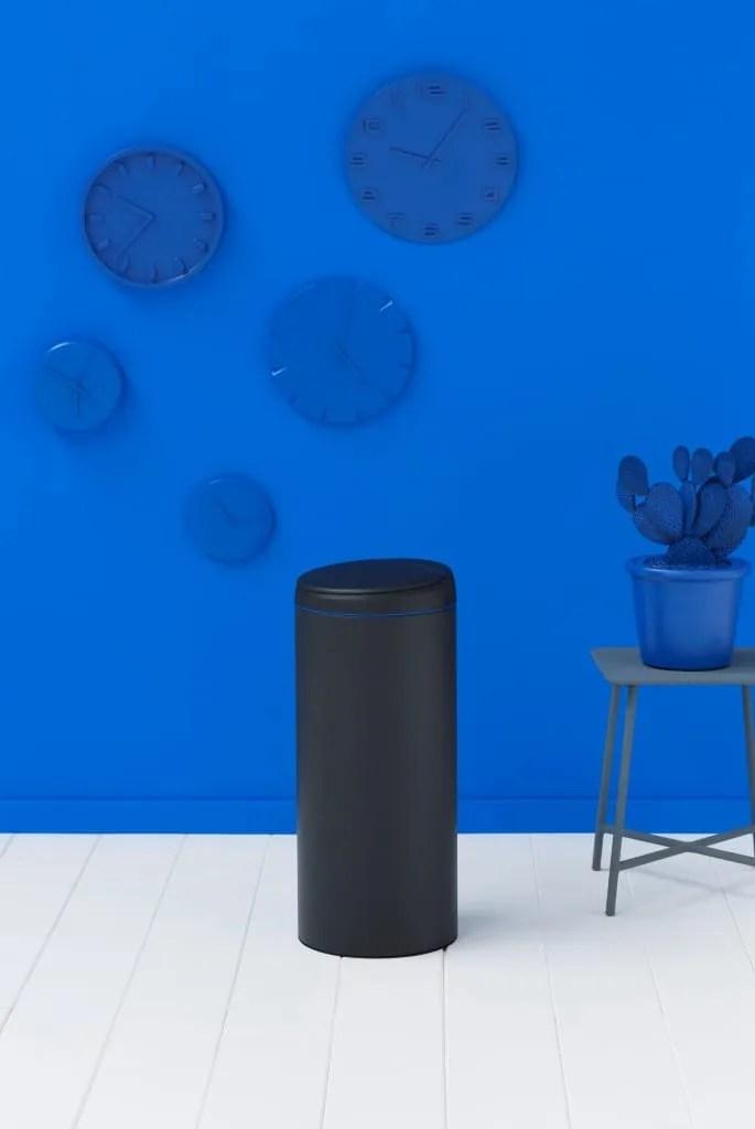 blue Flipbin