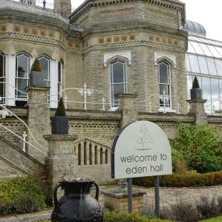 Eden Hall Day Spa: Clarins Signature Spa Day