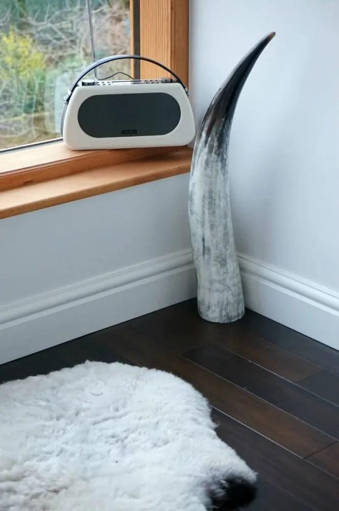 Sheepskin feature window