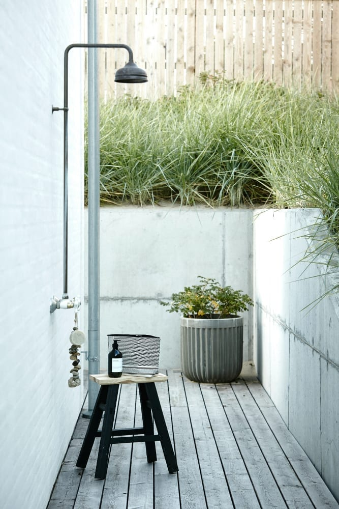 how to create the perfect contemporary garden room