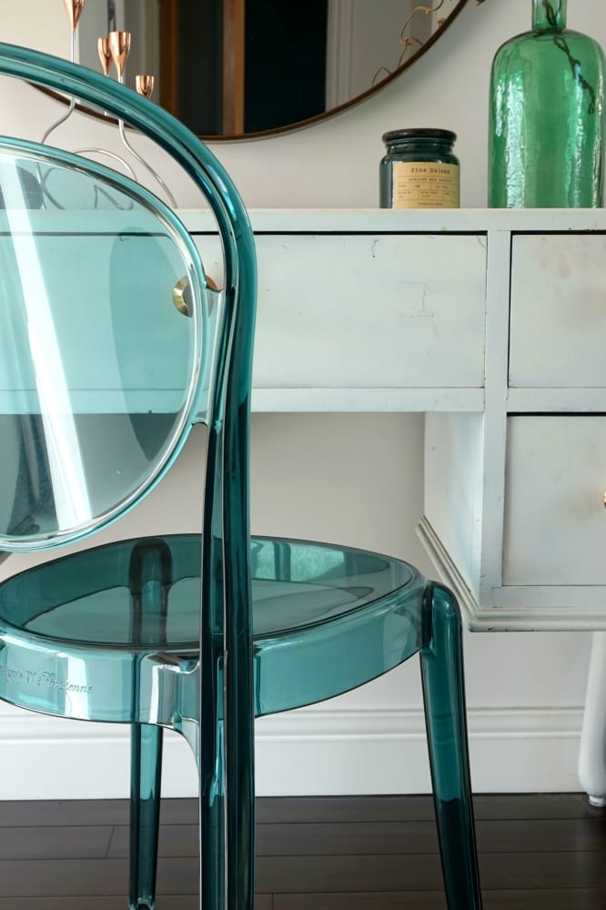 Calligaris parisienne aquamarine chair