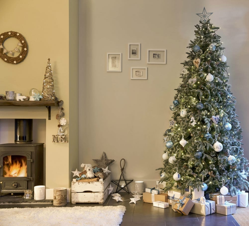 The missing christmas decorations uk hd - In Past Years We Ve Adopted More Of A Twig Tree For Our Main Tree We Have A Few And Actually The Children And Whole Family Really Like It But I M Missing