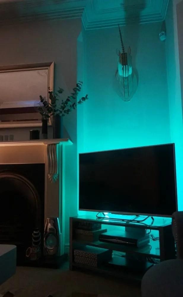 tv-lighting-corner