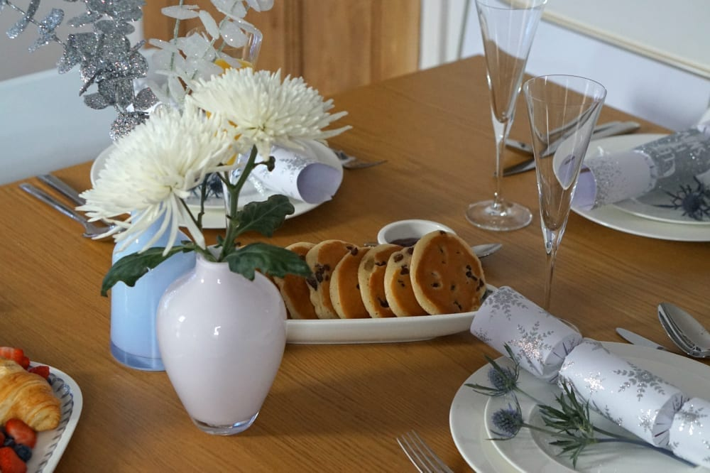 brunch-table
