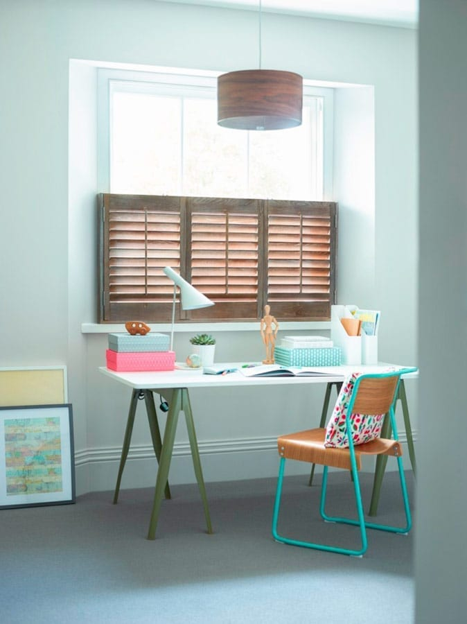 5 reasons to use shutters in your home office, including tips, designs and ideas for creating a beautiful, yet practical home office space. Window shutters make great alternatives to blinds and colourful shutters are a real focal point and design statement in any study. #shutters #homeoffice #decortips #lovechicliving #interiordesign #homeofficetips #workfromhome