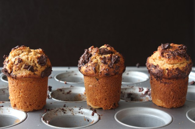 Peanut-Butter-Chocolate-Chip-Muffins2